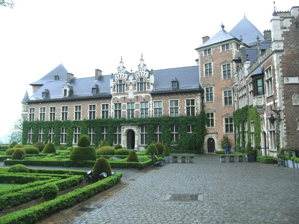 Binnenkoer kasteel van Gaasbeek