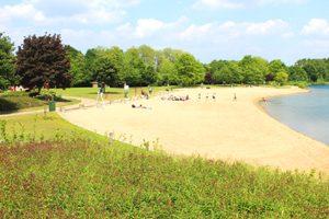 Zwemvijver en strand De Nekker te Mechelen