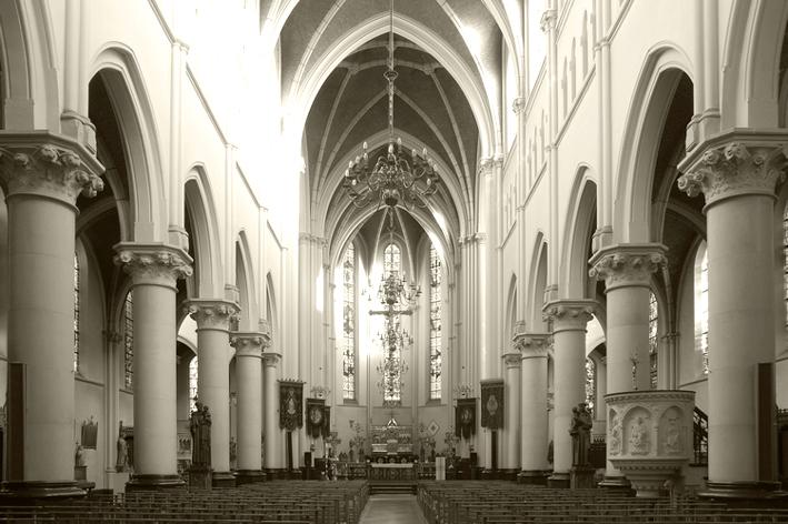 Middenbeuk Heilig Hartkerk stadswandeling in Turnhout