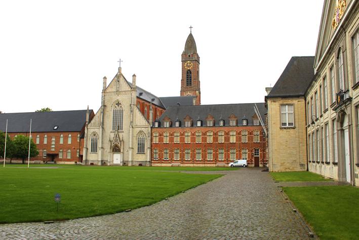 Binnenplein abdij van Tongerlo
