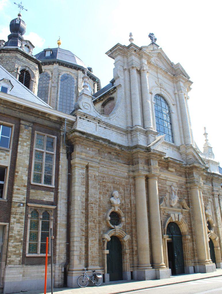 Onze-Lieve-Vrouw-van-Hanswijkbasiliek Mechelen