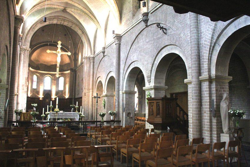 Sint-Niklaaskerk interieur