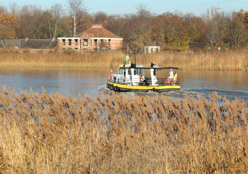Veerboot en Tolhuis