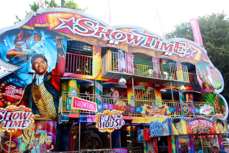 Funhouse Showtime XXL